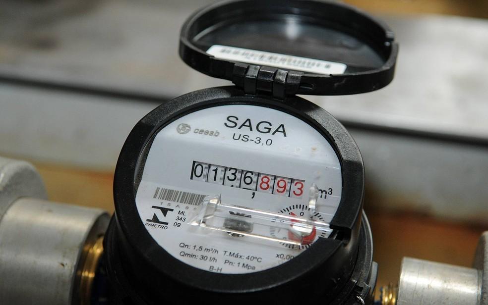 Hidrômetro no Laboratório de Micromedição da Companhia de Saneamento Ambiental do Distrito Federal (Caesb) (Foto: Renato Araújo/Agência Brasília)