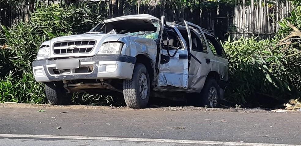 Acidente de trânsito com carro de passeio deixa múltiplas vítimas na BR-101, no interior de Alagoas — Foto: PRF/Divulgação
