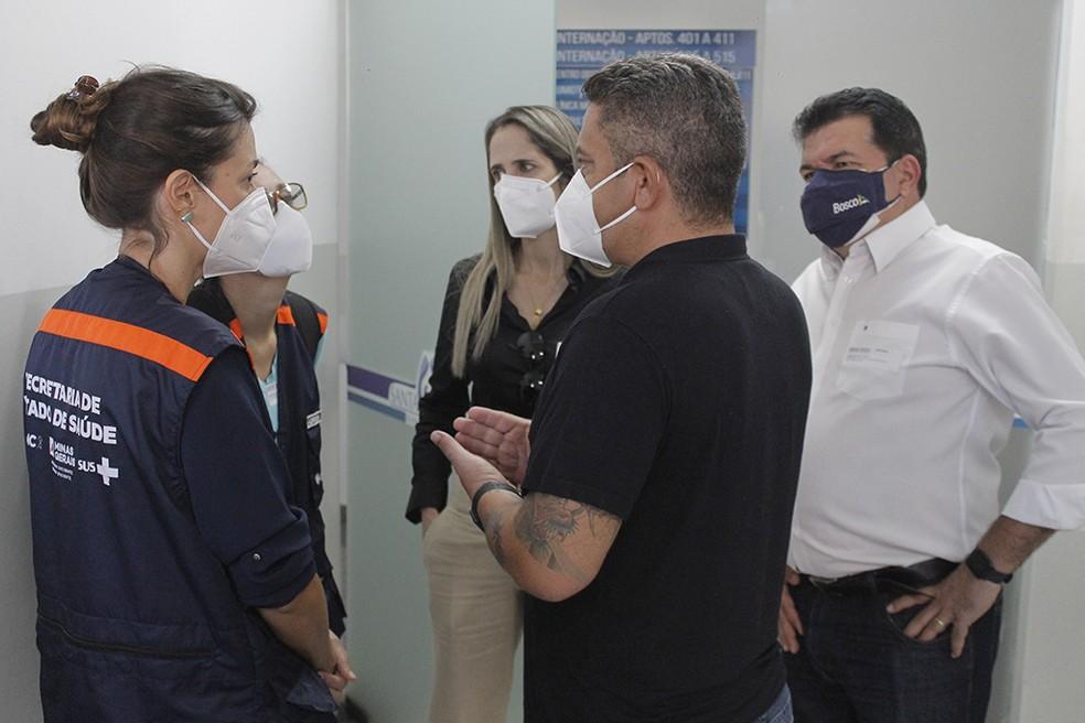 Força-tarefa da Secretaria de Estado de Saúde de Minas Gerais durante visita à Araxá — Foto: Prefeitura de Araxá/Divulgação