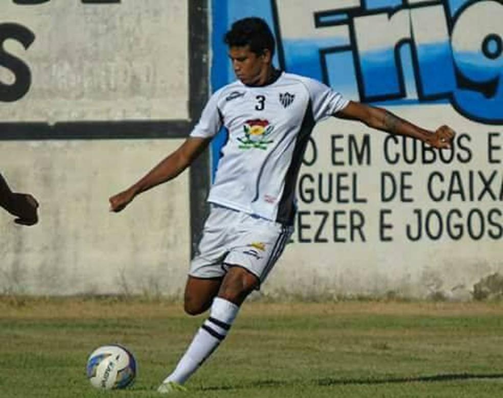 Rhayne, zagueiro do Atlético-ES — Foto: Karen Porto/Atlético-ES