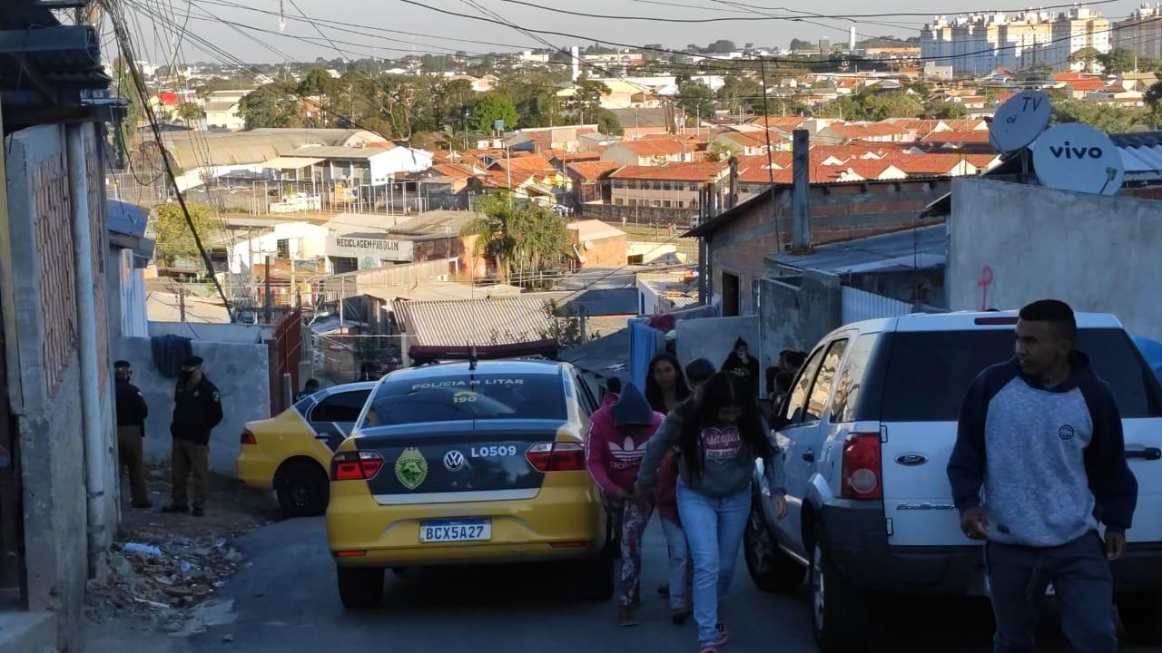 Adolescente é morto a tiros em Curitiba, diz PM