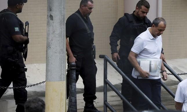 O ex-governador do Rio Sergio Cabral deixa a Justiça Federal após depoimento
