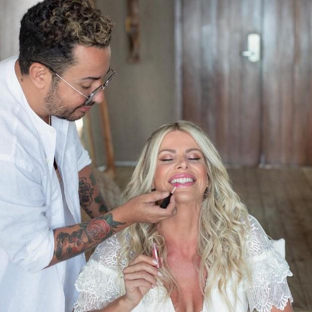 Karina Bacchi mostra bastidores do casamento com Amaury Nunes (Foto: Reprodução/Instagram)