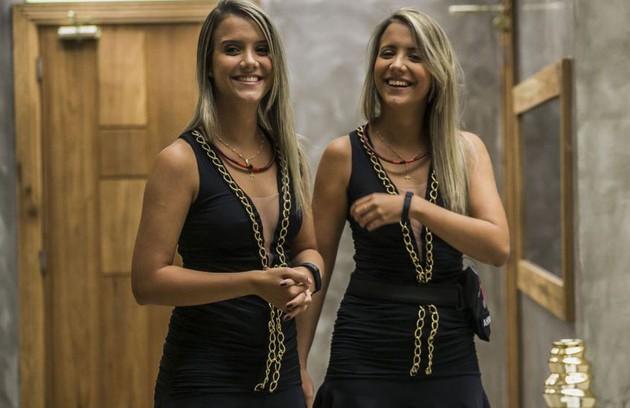 As gêmeas Andressa e Amanda pregaram uma peça nos participantes do 'BBB' 15. As duas passaram 72 horas na casa fingindo que eram uma só pessoa (Foto: Reprodução)