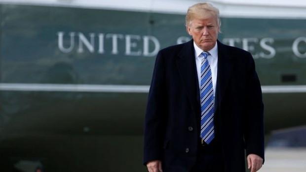 Trump tem criado medidas protecionistas que atingem até aliados próximos dos EUA, como o Canadá (Foto: Reuters via BBC)