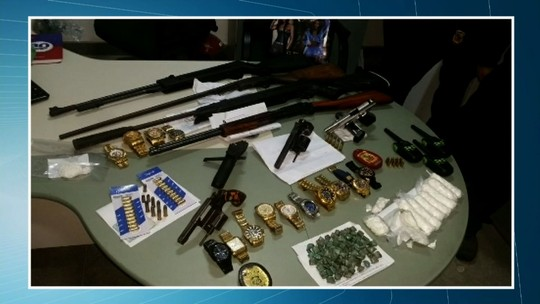 Operação em Itapipoca prende oito suspeitos de tráfico de drogas