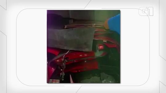Motorista de app fica 4 horas em cativeiro enquanto ladrão desmonta carro em SP