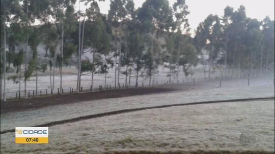 Monte Verde tem 3º dia com registro de geada e temperaturas negativas