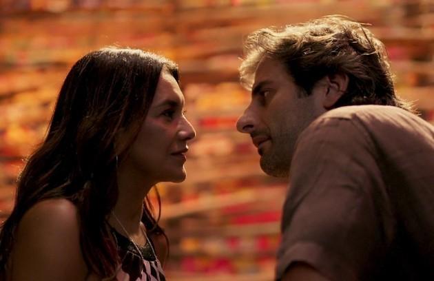 Janaína (Dira Paes) e Raimundo (Flávio Tolezani) acabarão a história juntos. Eles também se tornarão parceiros nos negócios (Foto: TV Globo )