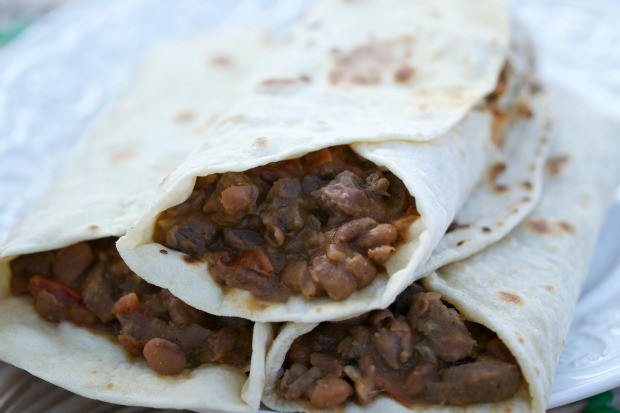 Aprenda a fazer tortillas mexicanas de chili com carne (Foto: Divulgao / Tempero de Famlia)
