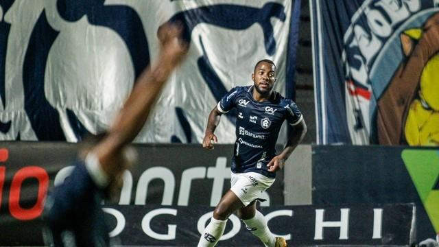 REMO X AVAI - Victor Andrade jogador do Remo comemora seu gol durante partida contra o Avaí no estádio Baenão pelo campeonato Brasileiro B 2021.