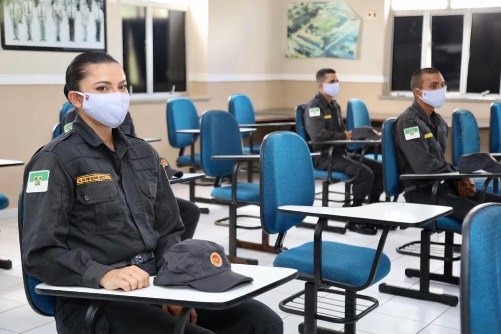 Após 15 anos sem concurso público, Governo do RN efetiva 1.022 novos policiais militares. — Foto: Sandro Menezes/Reprodução