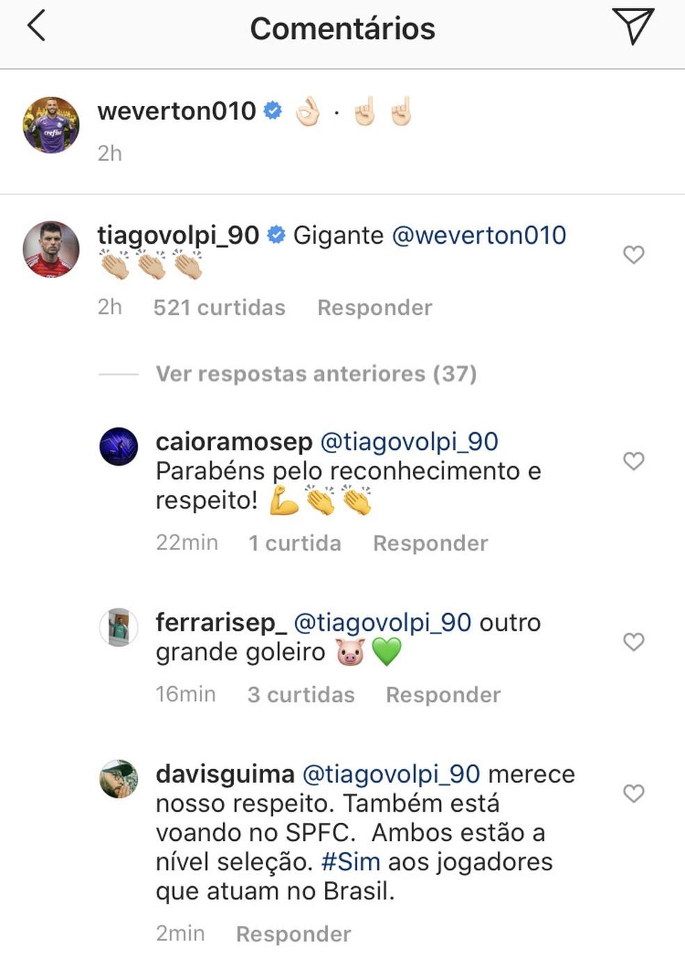 Tiago Volpi, do São Paulo, faz elogio a Weverton, do Palmeiras — Foto: Reprodução/Instagram