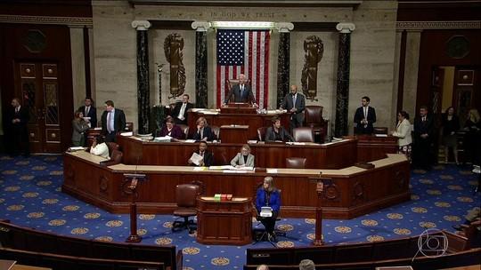 Trump assina lei e encerra paralisação no governo dos EUA