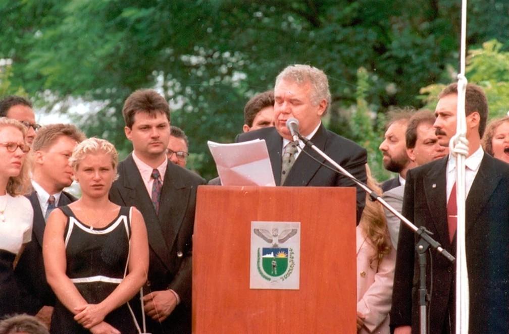 Jaime Lerner à frente do governo estadual, na década de 1990 — Foto: Divulgação/Instituto Jaime Lerner