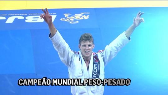 Mesmo campeão mundial, Nicholas Meregalli segue morando na academia