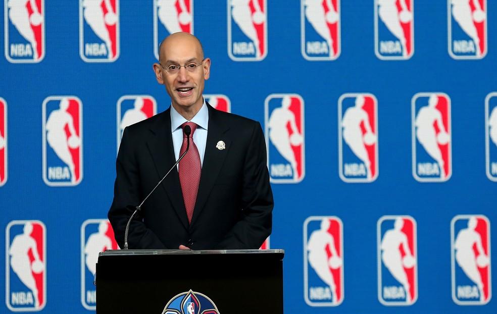 Adam Silver é comissário da NBA — Foto: Getty Images