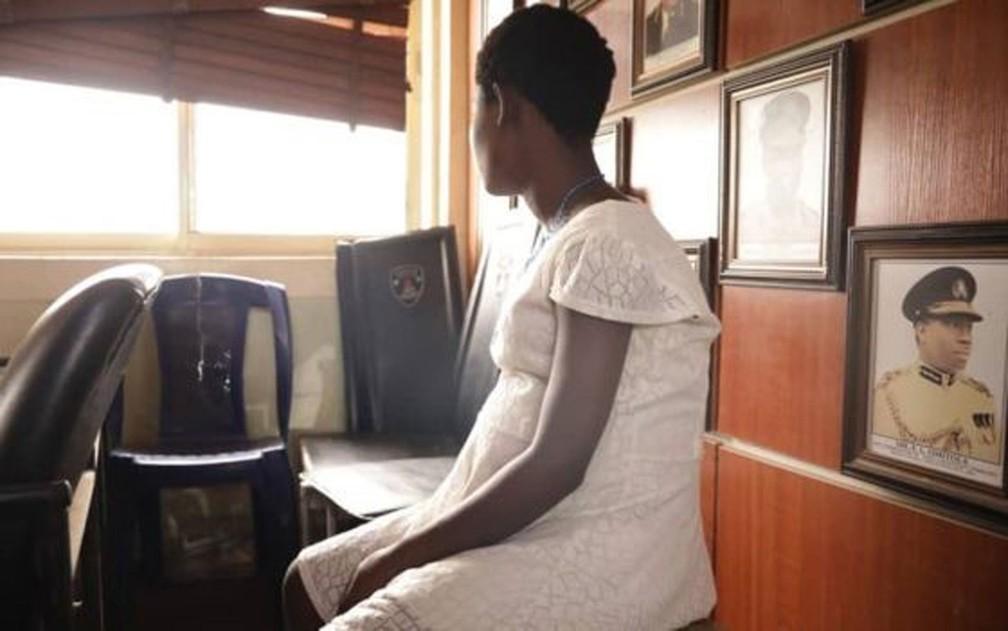 A pobreza contribui para que muitas mulheres sejam enganadas na Nigéria — Foto: BBC