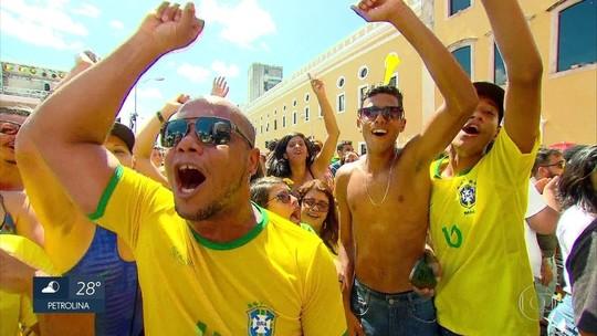 Vitória do Brasil sobre a Costa Rica na Copa do Mundo anima torcedores no Recife
