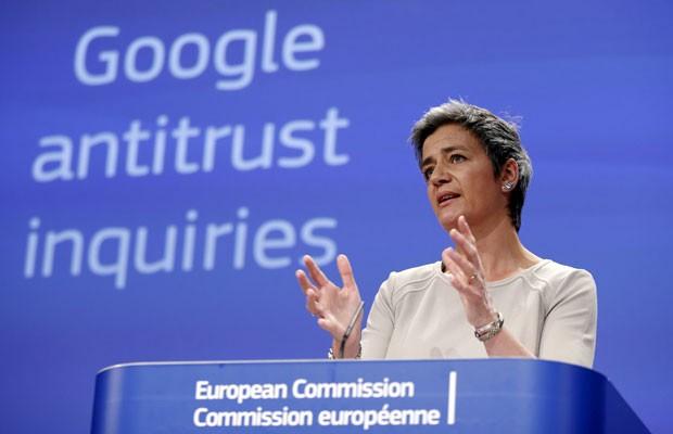 Margrette Vestager, comissária europeia de concorrência, durante conferência em que a União Europeia formalmente acusou o Google de violar leis antitruste. (Foto: Francois Lenoir/Reuters)