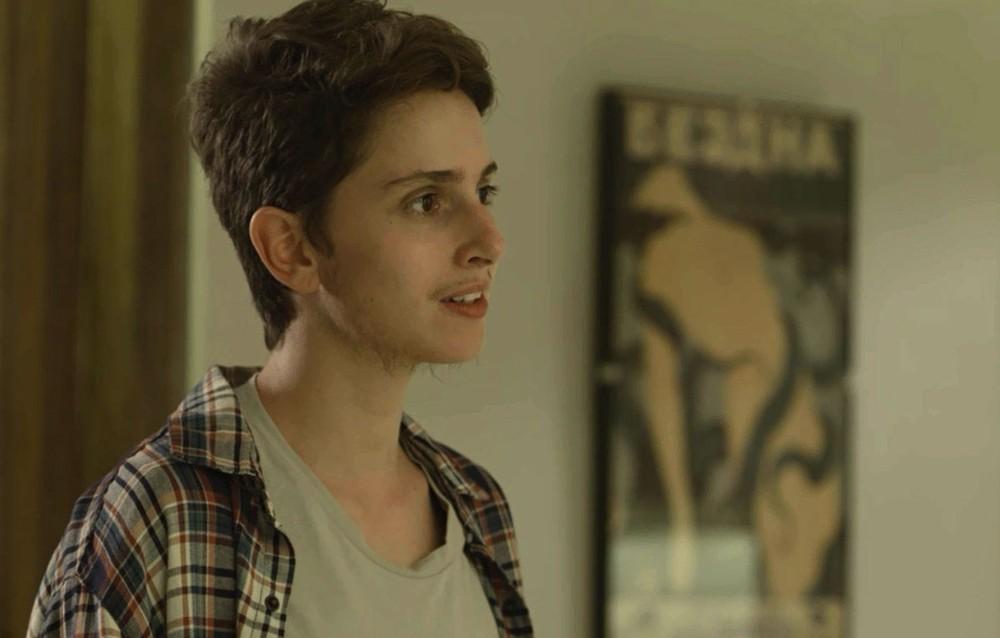 """Jovem trans escreve carta aberta para Gloria Perez autora de """"A Força do Querer"""""""