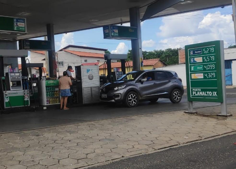 Posto em Teresina vende gasolina a R$ 5,579 neste sábado (20) — Foto: Ravena Lages /Arquivo Pessoal