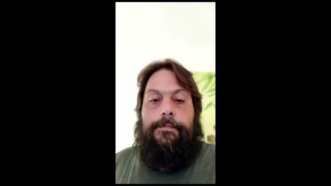 Publicitário de Divinópolis tenta embarcar de Portugal para o Brasil
