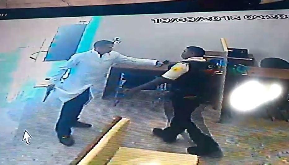 Foragido vestido com jaleco e outros três criminosos roubam mais de R$ 50 mil de financeira em Boa Vista