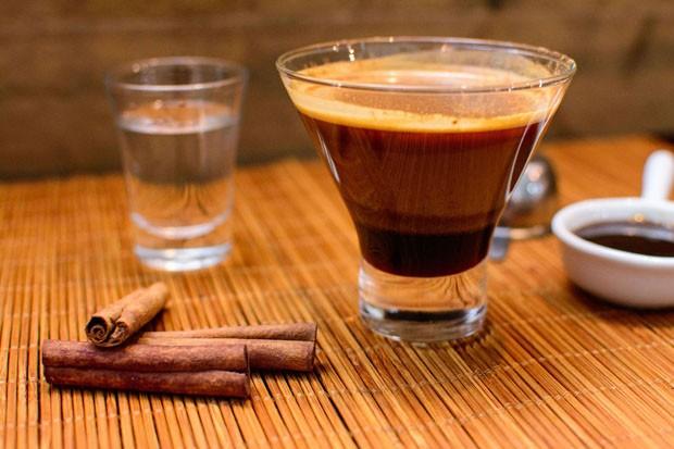 Café Lapiano: aprenda drink de café com cachaça  (Foto: Divulgação)