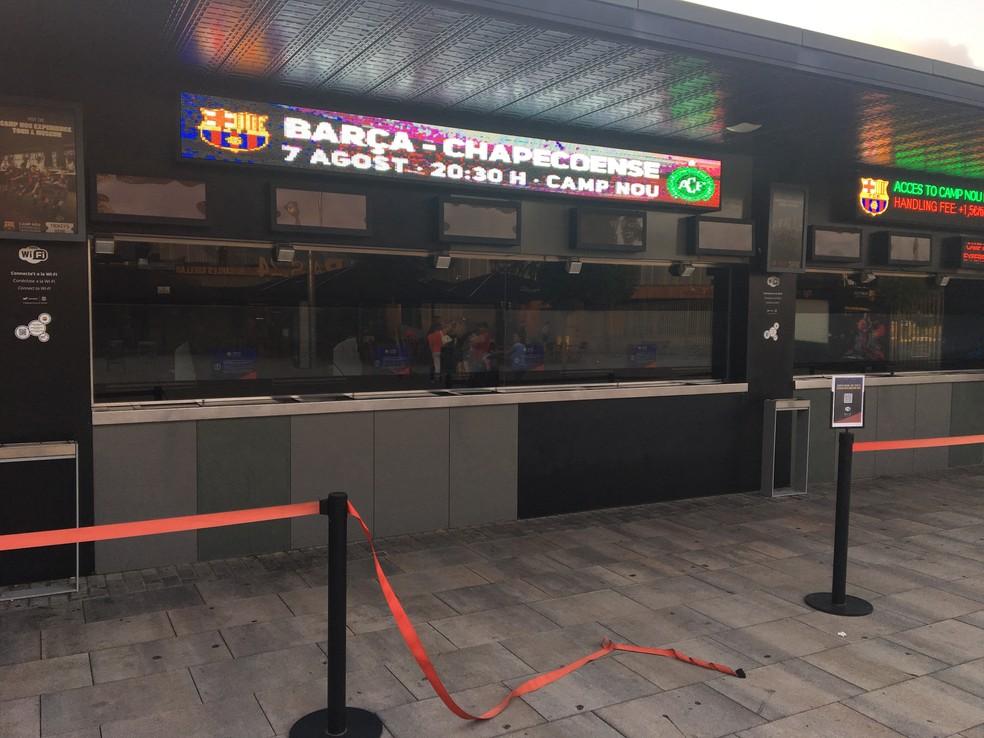 Bilheteria do Camp Nou vende ingressos para Barcelona x Chapecoense (Foto   Ivan Raupp) 5b0c23ed70cc8