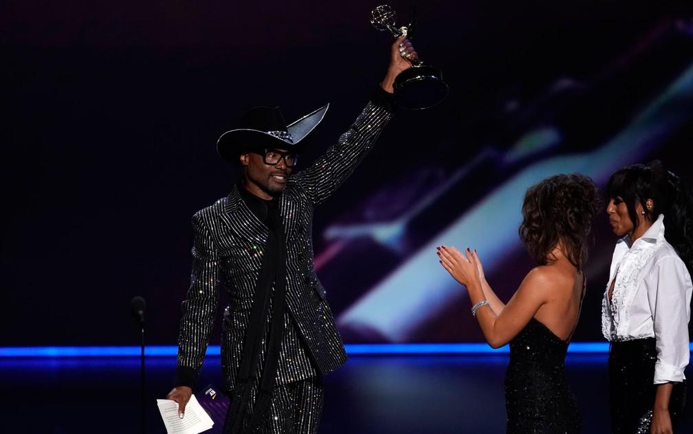 Billy Porter, de 'Pose', agradece o prêmio de melhor ator em uma série de drama, no 71º Emmy no Microsoft Theatre, em Los Angeles, no domingo (22) — Foto: Reuters/Mike Blake