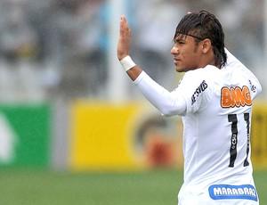 Neymar com a camisa 11 do Santos (Foto: Ricardo Saibun / Divulgação Santos FC)