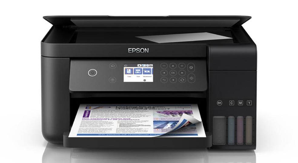 EcoTank L6161 é robusta e possui painel colorido — Foto: Divulgação/Epson
