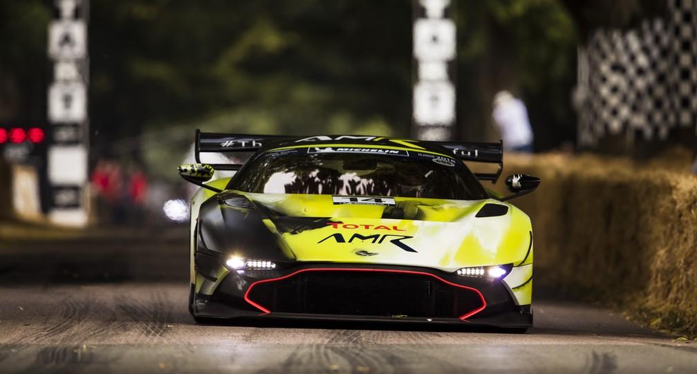 Aston Martin Vulcan AMR Pro (Foto: Divulgação/Newspress)