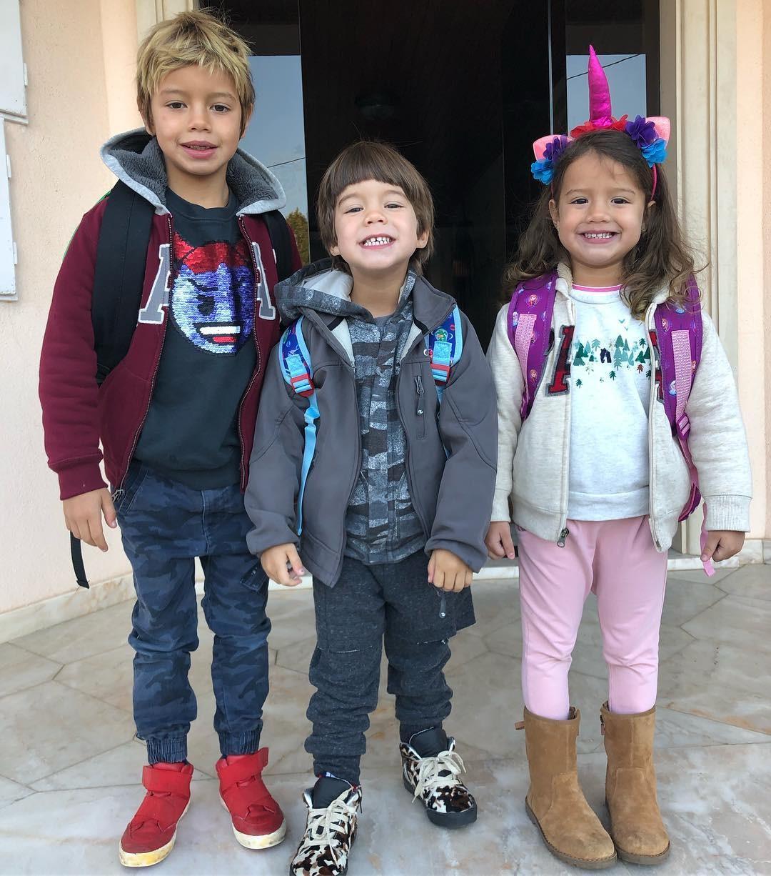 Os filhos de Luana prontos para a escola, em Portugal (Foto: Reprodução/Instagram)
