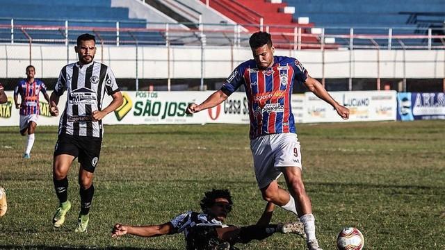 Preocupação ficou por conta de Thiago Santos, que se machucou e foi substituído ainda no primeiro tempo
