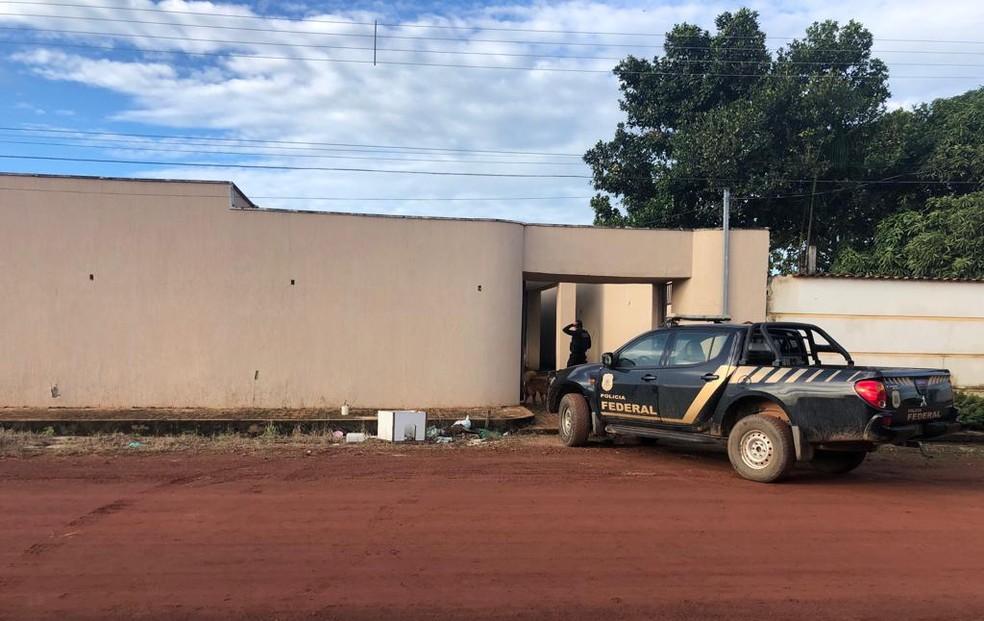 Polícia cumpriu mandados na casa dos investigados em Redenção, sul do Pará. — Foto: Divulgação/ PF