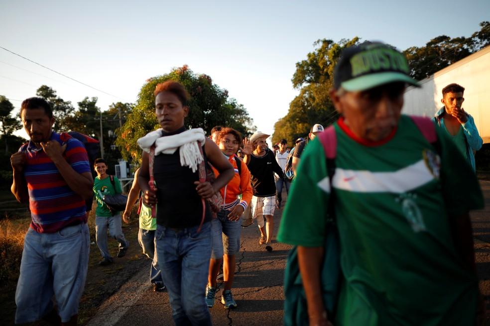 Caravana de imigrantes avança rumos aos EUA — Foto: Ueslei Marcelino/Reuters