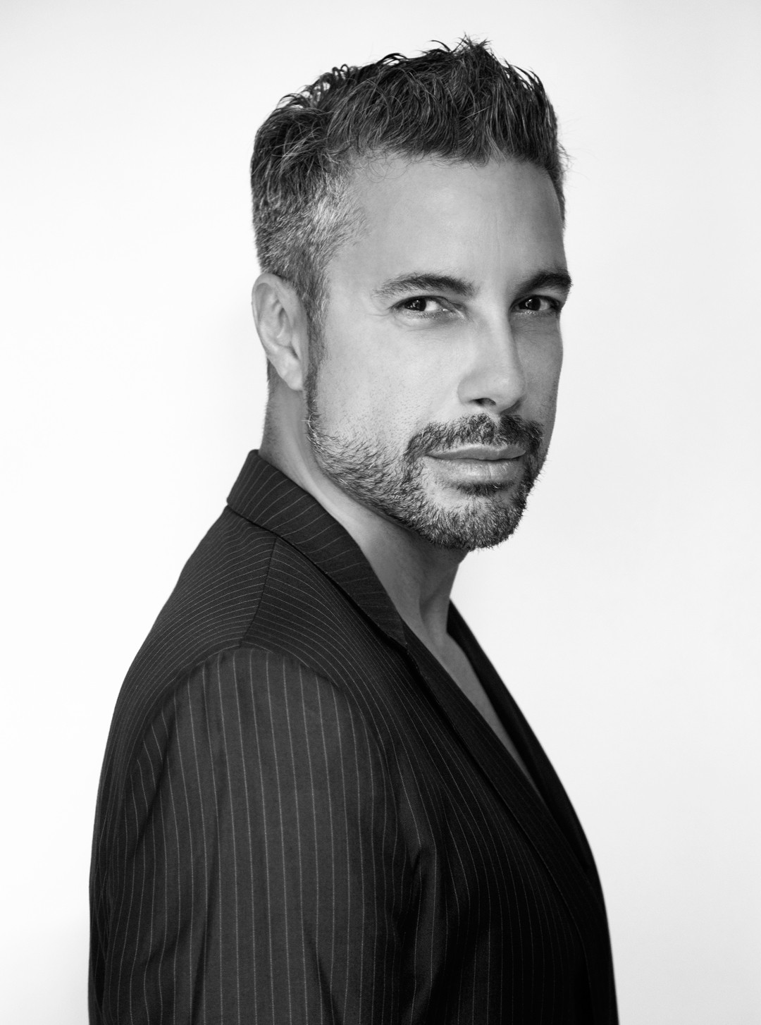 Fernando Torquatto, o maquiador das celebridades - e o cara certo para tirarmos algumas dúvidas sobre maquiagem e produtos de beleza para homens (Foto: Divulgação)