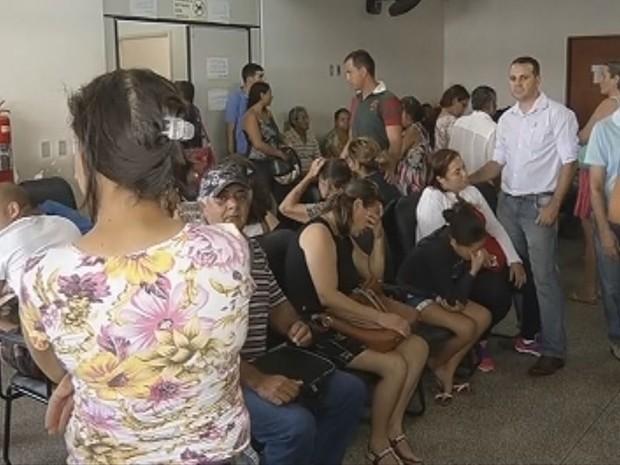 Unidades de Saúde estão lotadas em Marília (Foto: Reprodução / TV TEM)