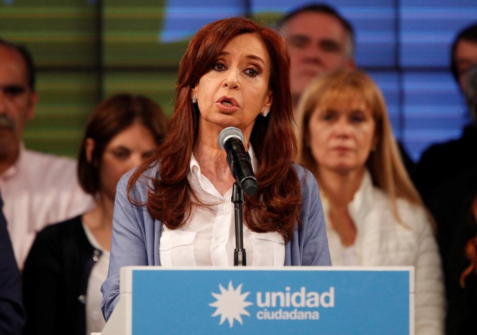 Cristina Kirchner durante discurso no Unidad Ciudadana (Foto: Martin Acosta/Reuters)