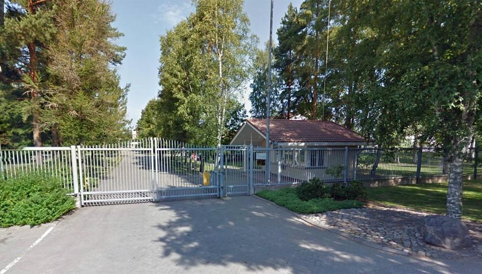 Centro de Direção das Testemunhas de Jeová em São Petersburgo, na Rússia (Foto: Reprodução/Google Street View)