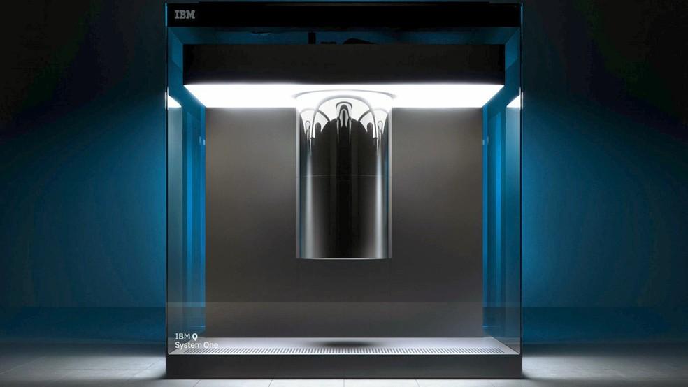 Q System One tem design mais próximo a de um produto do que a de um experimento de laboratório — Foto: Divulgação/IBM