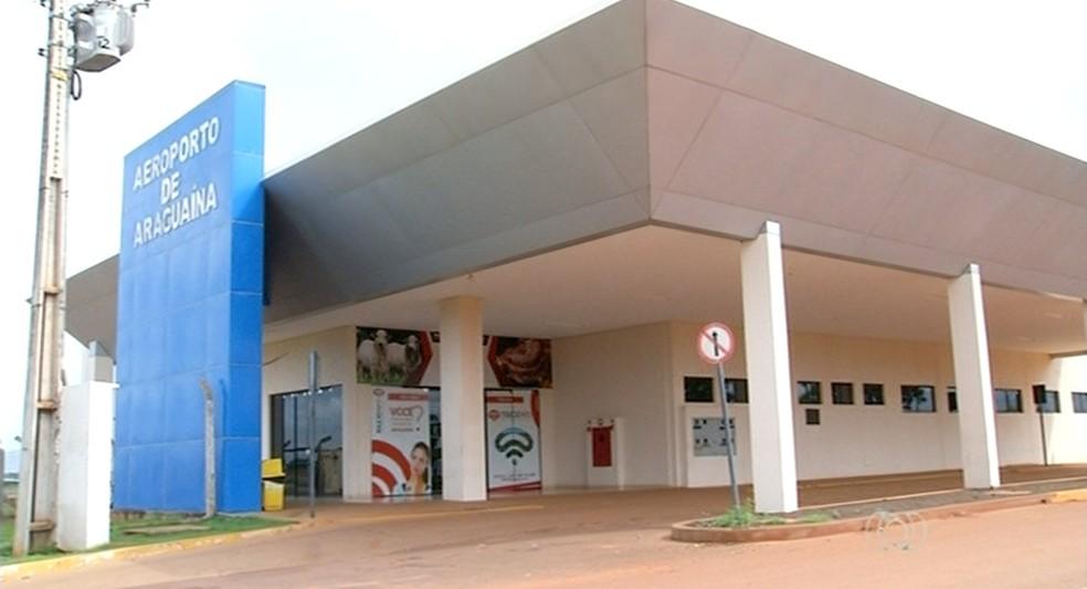 Funcionários do aeroporto de Araguaína dizem que estão sem receber há três meses (Foto: Reprodução/TV Anhanguera)