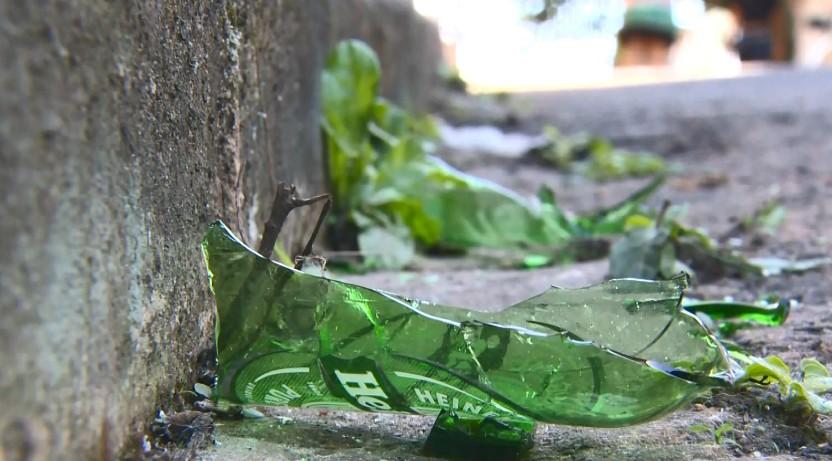 Vizinho é suspeito de ferir adolescente com cacos de vidro em Cariacica, ES