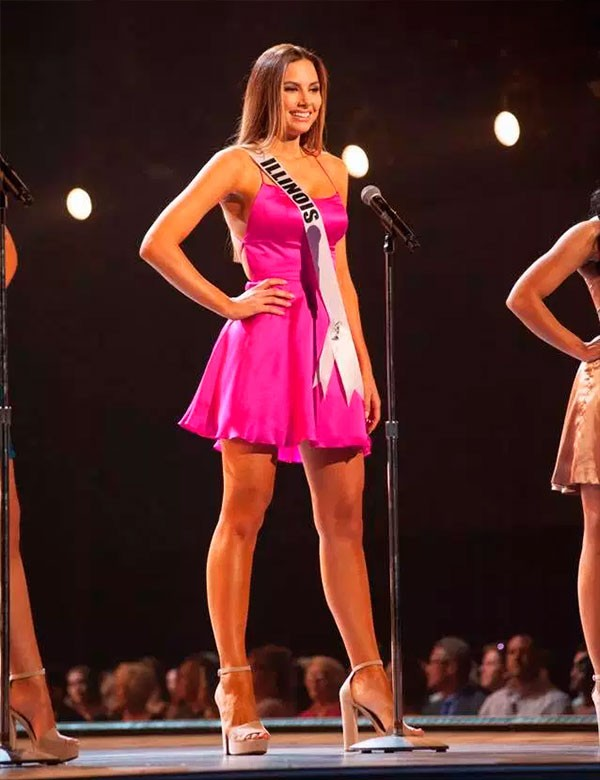 Karolina Jasko quando era Miss Illinois (Foto: Reprodução Facebook)