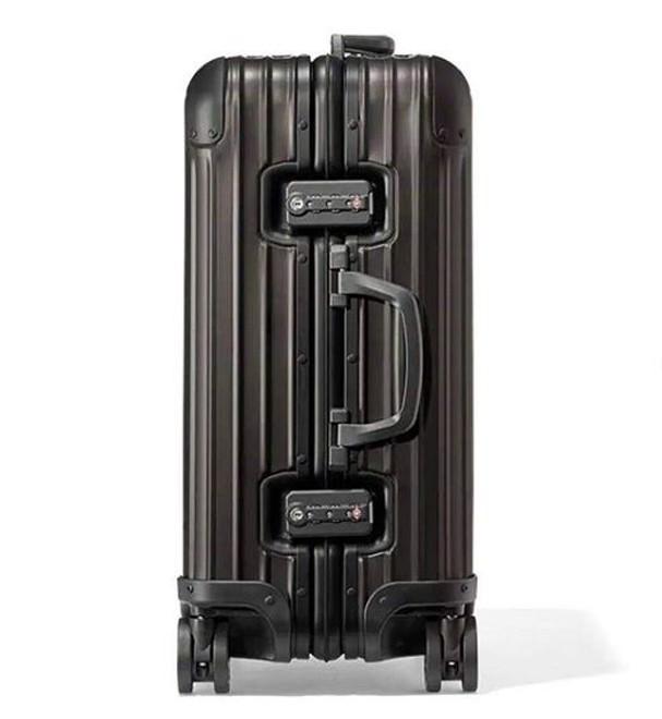 Nova mala da Off-White com a Rimowa (Foto: Reprodução Instagram)