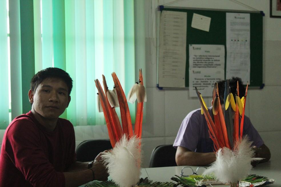 Lideranças da TI Ure-eu-wau-wau na sede da Kanindé, em Porto Velho. — Foto: Pedro Bentes/G1