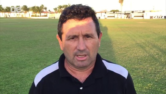 Melhores jogadas e erros último passe: a visão de Maradona sobre o empate do River-PI