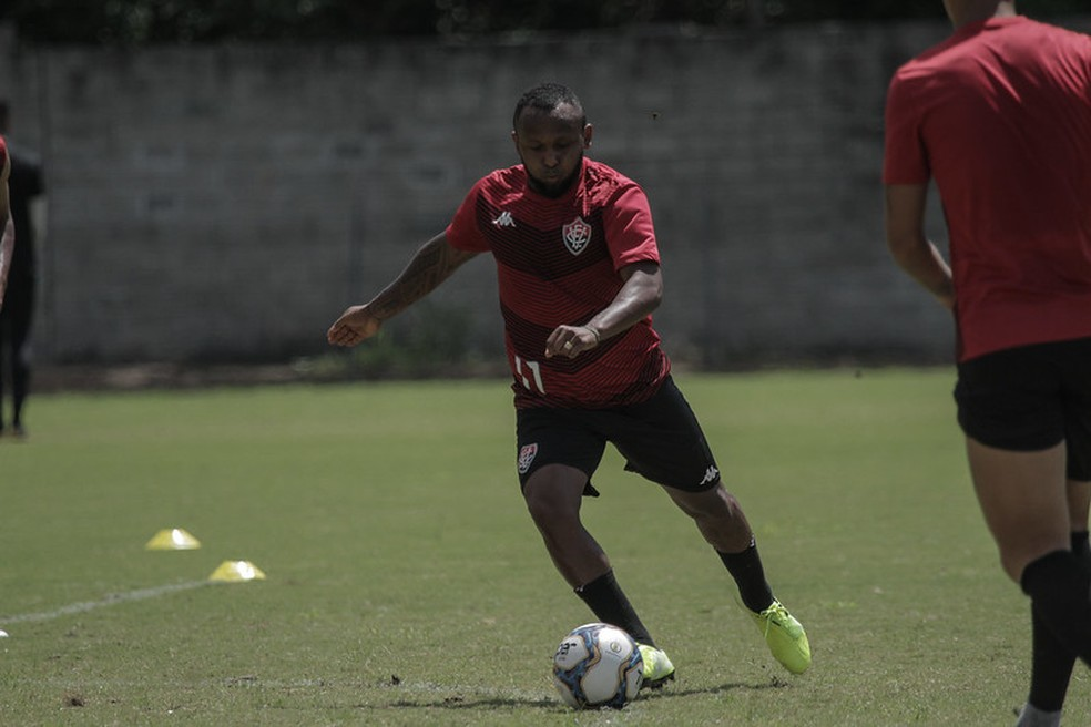 Vitória foi último clube de Chiquinho — Foto: Letícia Martins/ECV